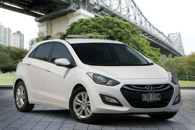 Used Hyundai i30 GD2 MY14 Trophy, 2014 Hyundai i30 GD2 MY14 Trophy White 6 Speed Manual Hatchback