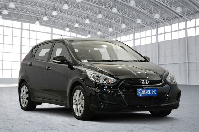 Used Hyundai Accent RB6 MY19 Sport, 2018 Hyundai Accent RB6 MY19 Sport Black 6 Speed Sports Automatic Hatchback