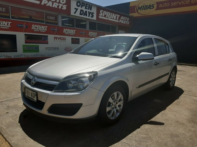 Used Holden Astra AH MY05 CD, 2005 Holden Astra AH MY05 CD Silver 4 Speed Automatic Hatchback