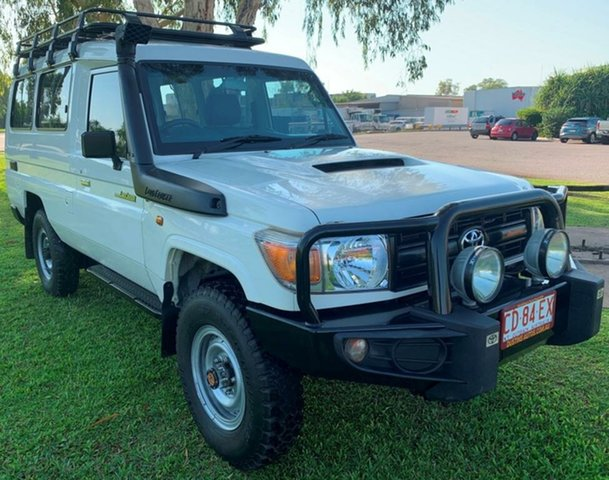 Used Toyota Landcruiser VDJ78R Workmate Troopcarrier, 2015 Toyota Landcruiser VDJ78R Workmate Troopcarrier White 5 Speed Manual Wagon
