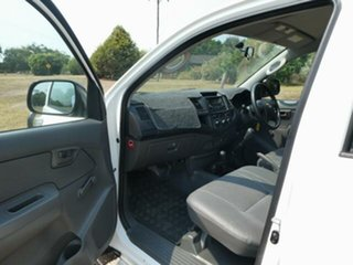 2013 Toyota Hilux KUN26R MY12 Workmate (4x4) Glacier White 5 Speed Manual Dual Cab Pick-up