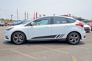 2016 Ford Focus LZ ST White 6 Speed Manual Hatchback