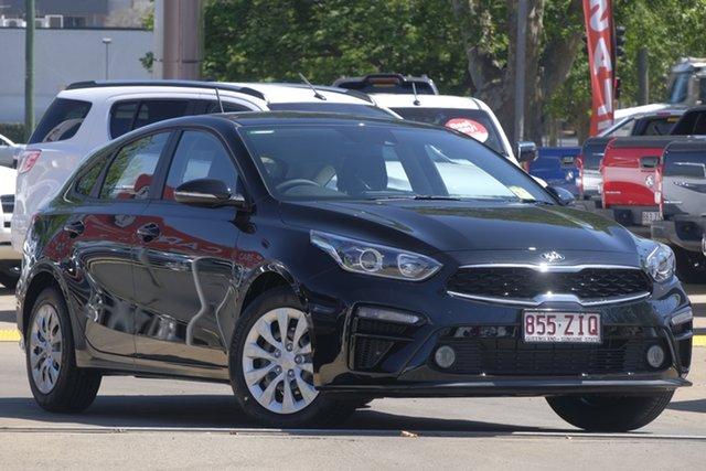 Demo Kia Cerato BD MY20 S, 2019 Kia Cerato BD MY20 S Aurora Black 6 Speed Sports Automatic Hatchback