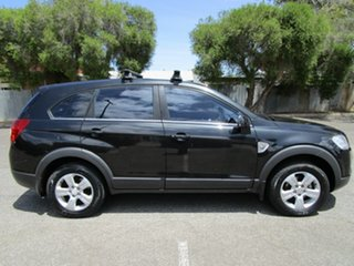 2009 Holden Captiva CG MY09 SX (4x4) 5 Speed Automatic Wagon.