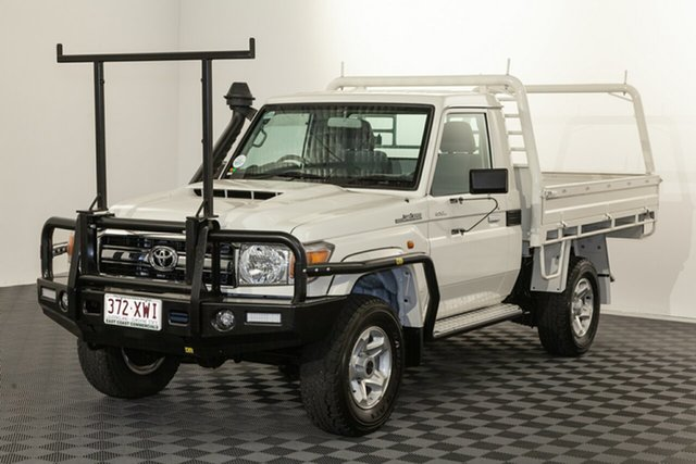 Used Toyota Landcruiser VDJ79R GXL, 2017 Toyota Landcruiser VDJ79R GXL French Vanilla 5 speed Manual Cab Chassis