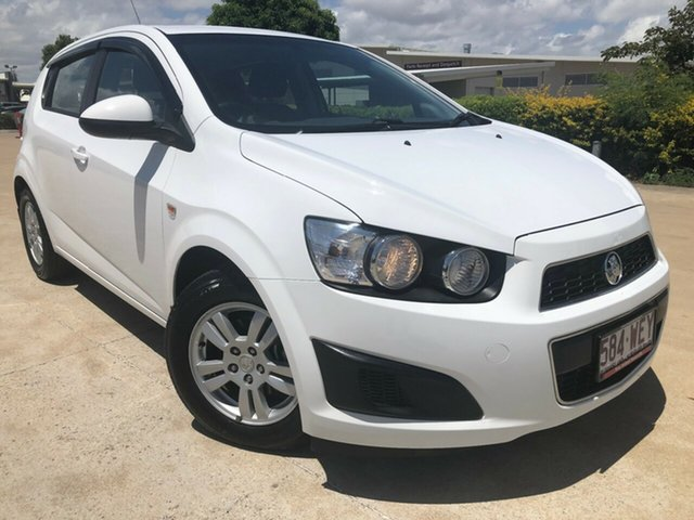 Used Holden Barina TM MY15 CD, 2015 Holden Barina TM MY15 CD White 6 Speed Automatic Hatchback