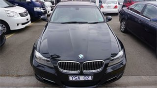 2011 BMW 320i 3 Black 6 Speed Automatic Sedan