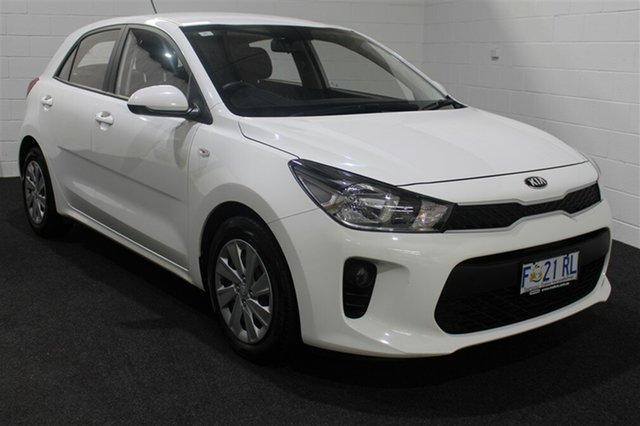 Used Kia Rio YB MY17 S, 2017 Kia Rio YB MY17 S White 6 Speed Manual Hatchback