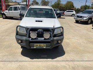 2009 Toyota Hilux KUN26R MY09 SR White 5 Speed Manual Cab Chassis.