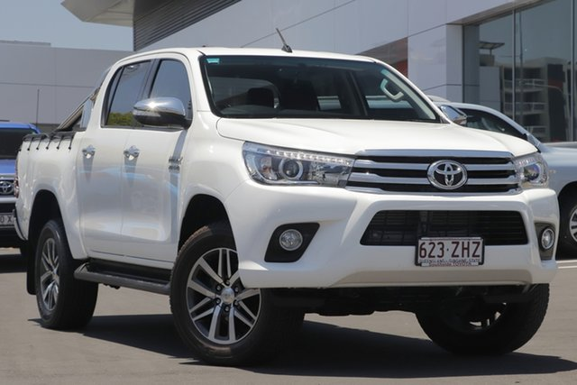 Used Toyota Hilux GUN126R SR5 Double Cab, 2015 Toyota Hilux GUN126R SR5 Double Cab Glacier White 6 Speed Sports Automatic Utility