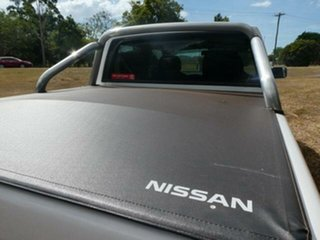 2012 Nissan Navara D22 Series 5 ST-R Special Edition (4x4) White 5 Speed Manual Dual Cab Pick-up