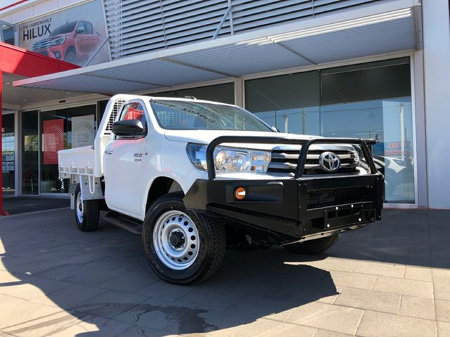 Used Toyota Hilux GUN126R SR (4x4), 2016 Toyota Hilux GUN126R SR (4x4) Glacier White 6 Speed Automatic Cab Chassis