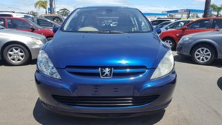 2004 Peugeot 307 T5 MY04 XSE Blue 5 Speed Manual Hatchback.