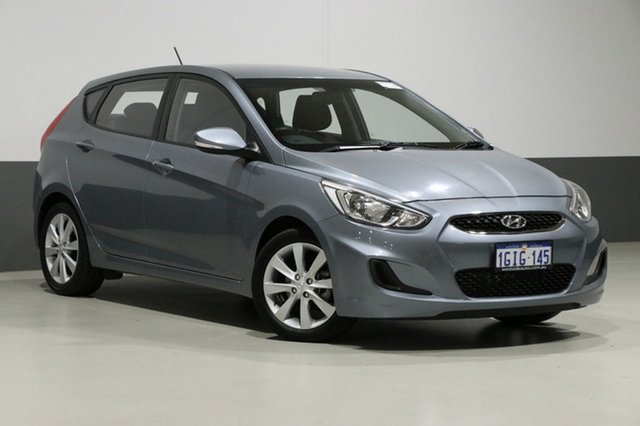 Used Hyundai Accent RB6 MY18 Sport, 2017 Hyundai Accent RB6 MY18 Sport Silver 6 Speed Automatic Hatchback