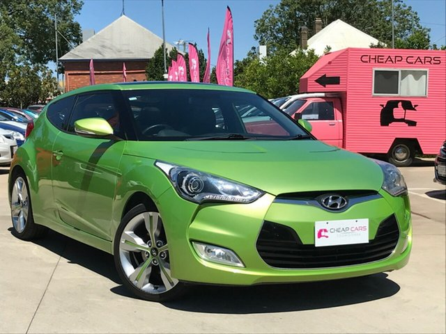 Used Hyundai Veloster FS2 + Coupe, 2013 Hyundai Veloster FS2 + Coupe Green 6 Speed Manual Hatchback