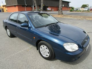 2001 Hyundai Sonata Executive V6 4 Speed Automatic Sedan.