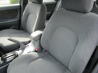 2001 Hyundai Sonata Executive V6 4 Speed Automatic Sedan