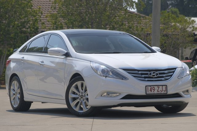 Used Hyundai i45 YF MY11 Premium, 2012 Hyundai i45 YF MY11 Premium White 6 Speed Sports Automatic Sedan