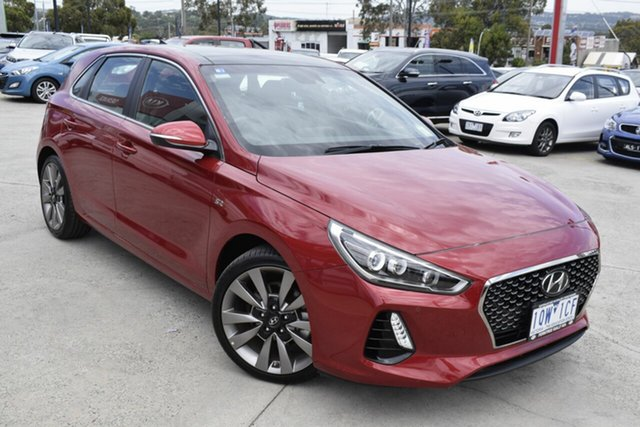 Used Hyundai i30 PD MY18 SR D-CT Premium, 2017 Hyundai i30 PD MY18 SR D-CT Premium Red/Black 7 Speed Sports Automatic Dual Clutch Hatchback