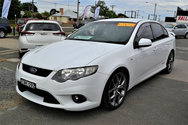 Used Ford Falcon FG XR8, 2009 Ford Falcon FG XR8 White 6 Speed Manual Sedan