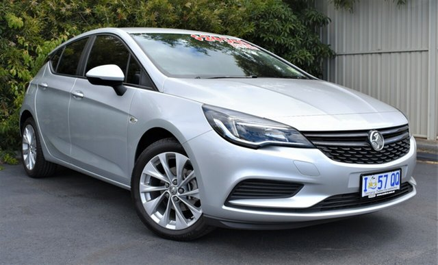 Demo Holden Astra BK MY19 R+, 2019 Holden Astra BK MY19 R+ Nitrate 6 Speed Sports Automatic Hatchback