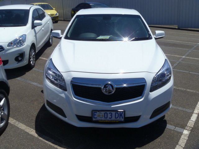 Used Holden Malibu V300 MY13 CD, 2014 Holden Malibu V300 MY13 CD Summit White 6 Speed Sports Automatic Sedan
