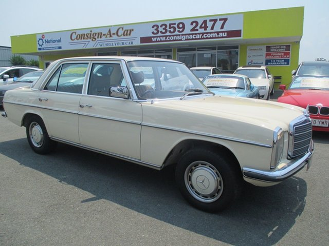 Used Mercedes-Benz 250 W114 , 1975 Mercedes-Benz 250 W114 Cream 4 Speed Automatic Sedan