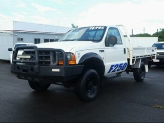 2001 Ford F250 RM XL (4x4) White 5 Speed Manual Cab Chassis.