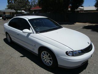 2002 Holden Calais VX II 4 Speed Automatic Sedan.