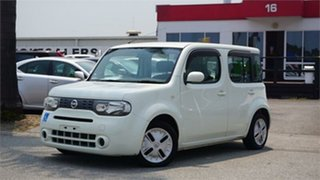 2010 Nissan Cube White Automatic Wagon.