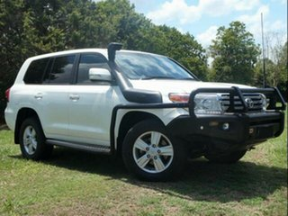 2014 Toyota Landcruiser VDJ200R MY13 VX (4x4) Crystal Pearl 6 Speed Automatic Wagon.