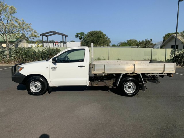 Used Toyota Hilux TGN16R Workmate, 2006 Toyota Hilux TGN16R Workmate White 5 Speed Manual Single Cab