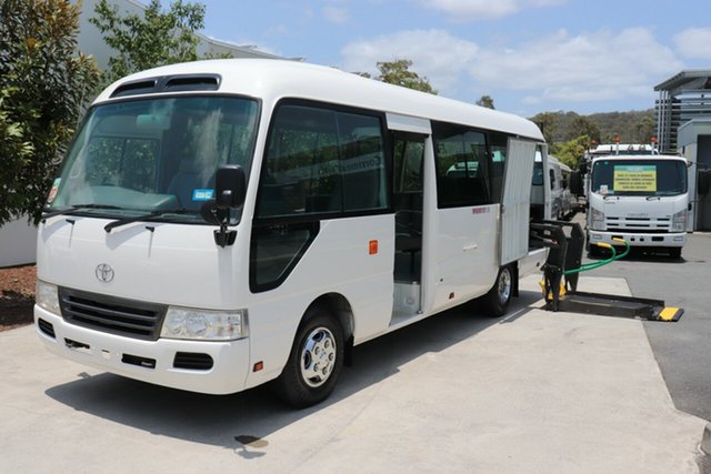 Used Toyota Coaster  , 2010 Toyota Coaster White Manual Bus