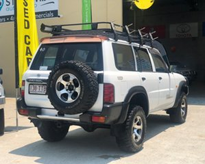 2000 Nissan Patrol GU II DX (4x4) 5 Speed Manual 4x4 Wagon.