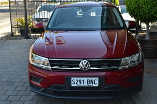 2017 Volkswagen Tiguan 5N MY18 110TSI DSG 2WD Trendline Burgundy 6 Speed