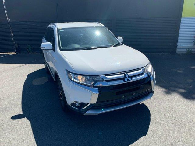 Used Mitsubishi Outlander ZK MY16 LS 2WD, 2015 Mitsubishi Outlander ZK MY16 LS 2WD White 6 Speed Constant Variable Wagon