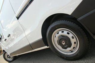 2020 Renault Trafic X82 MY21 Premium Low Roof LWB 103kW Glacier White 6 Speed Manual Van