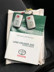 2012 Toyota Landcruiser VDJ200R MY12 GXL (4x4) Grey 6 Speed Automatic Wagon.