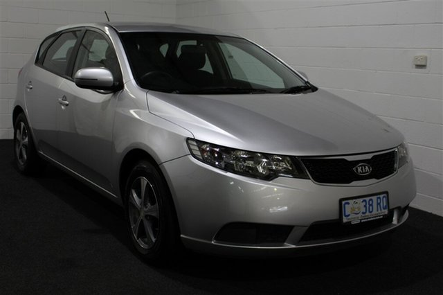Used Kia Cerato TD MY11 S, 2011 Kia Cerato TD MY11 S Silver 6 Speed Manual Hatchback