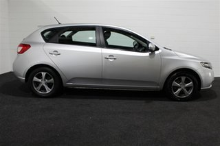 2011 Kia Cerato TD MY11 S Silver 6 Speed Manual Hatchback.
