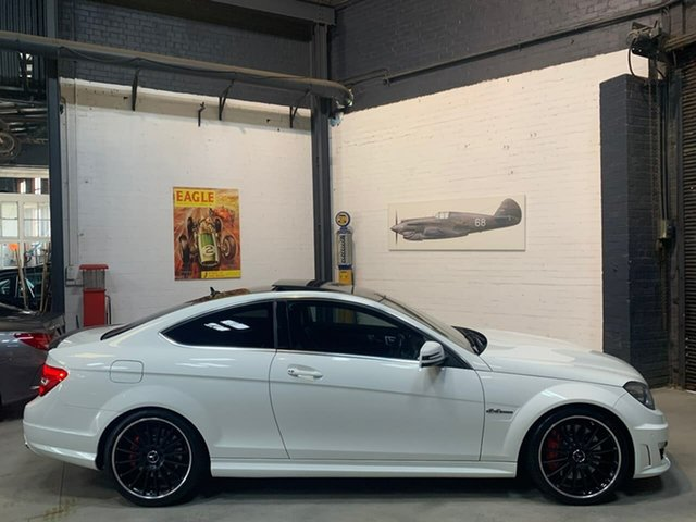 Used Mercedes-Benz C-Class C204 MY12 C63 AMG SPEEDSHIFT MCT Performance Package, 2012 Mercedes-Benz C-Class C204 MY12 C63 AMG SPEEDSHIFT MCT Performance Package White 7 Speed