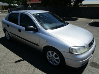 2005 Holden Astra TS MY05 Classic Equipe 5 Speed Manual Hatchback.