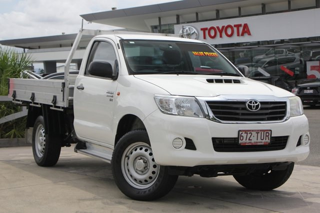 Used Toyota Hilux KUN26R MY12 SR, 2013 Toyota Hilux KUN26R MY12 SR Glacier White 4 Speed Automatic Cab Chassis