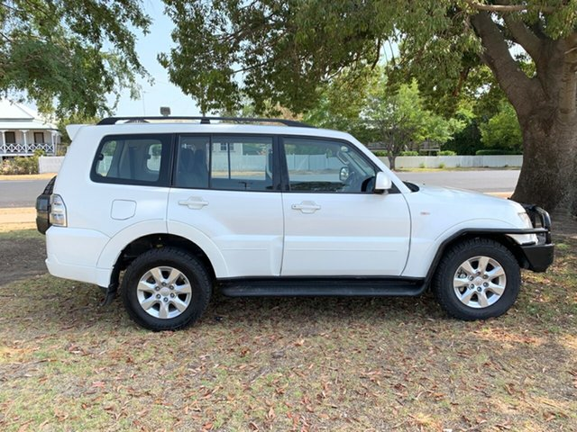 Used Mitsubishi Pajero NW MY13 GLX-R, 2013 Mitsubishi Pajero NW MY13 GLX-R White 5 Speed Sports Automatic Wagon