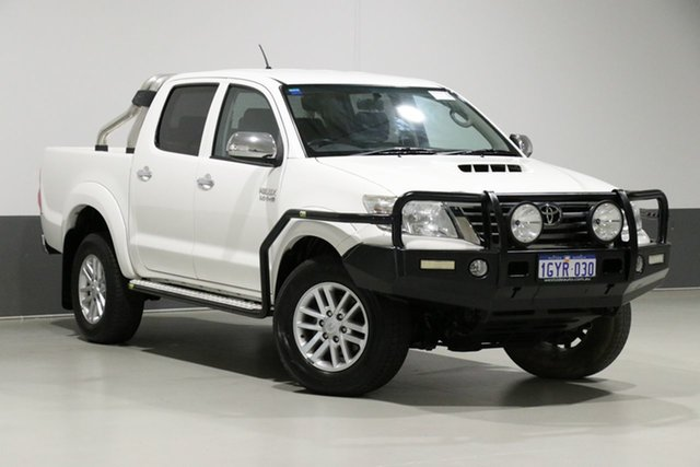 Used Toyota Hilux KUN26R MY14 SR5 (4x4), 2015 Toyota Hilux KUN26R MY14 SR5 (4x4) White 5 Speed Automatic Dual Cab Pick-up
