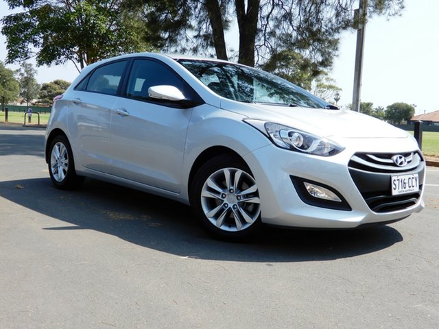 Used Hyundai i30 GD2 MY14 SE, 2014 Hyundai i30 GD2 MY14 SE Silver 6 Speed Sports Automatic Hatchback