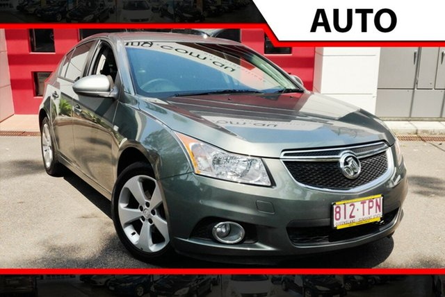 Used Holden Cruze JH Series II MY14 Equipe, 2013 Holden Cruze JH Series II MY14 Equipe Emerald 6 Speed Sports Automatic Hatchback