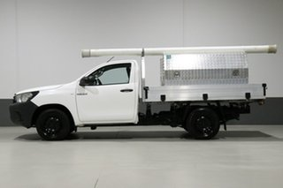 2017 Toyota Hilux GUN122R Workmate White 5 Speed Manual Cab Chassis