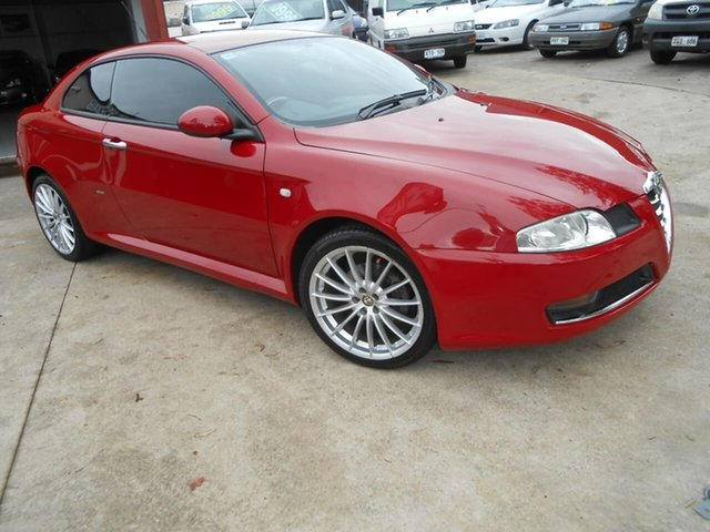 Used Alfa Romeo GT  JTS, 2009 Alfa Romeo GT JTS Red 5 Speed Manual Coupe