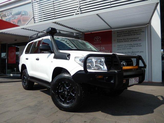 Used Toyota Landcruiser VDJ200R MY13 GX (4x4), 2014 Toyota Landcruiser VDJ200R MY13 GX (4x4) Glacier White 6 Speed Automatic Wagon